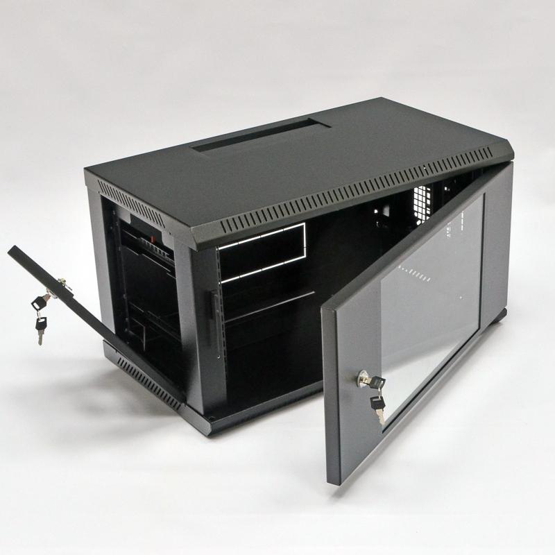 Настенный серверный шкаф
